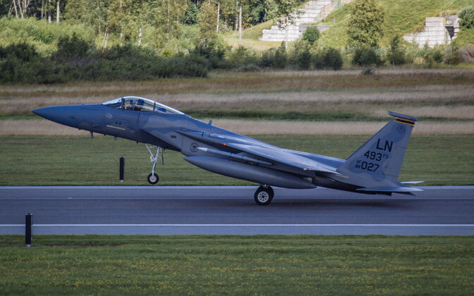 USA õhuväe 493. hävitajate eskadrilli F-15C Ämaris.