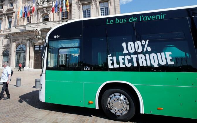Электроавтобус в Марселе.