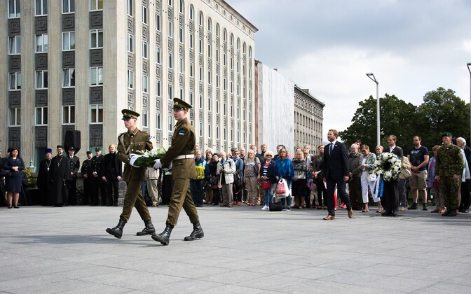 Victims of communism and Nazism remembered on Black Ribbon Day, 77 years after the signing of the Molotov-Ribbentrop Pact, Aug. 23.