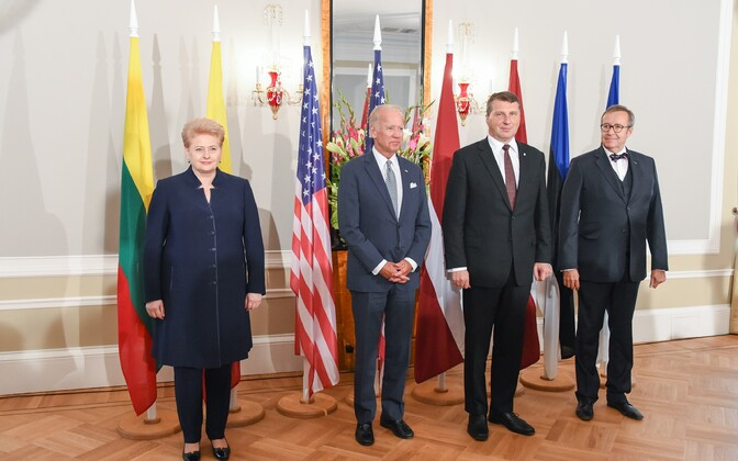 Joe Biden on a 2016 visit to the Baltic States, with presidents Grybauskaite (Lithuania), Vejonis (Latvia) and Ilves (Estonia).