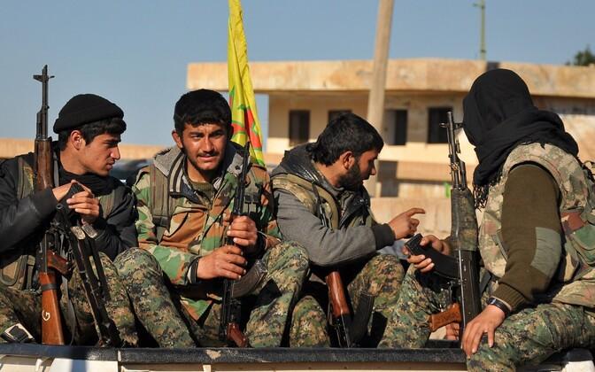 Süüria omakaitseväe YPG võitlejad.