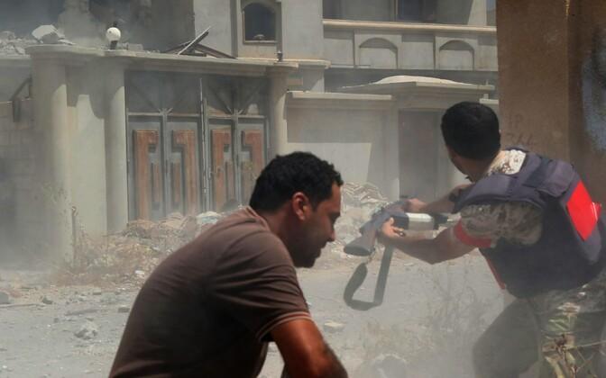 Valitsusmeelsed võitlejad Sirtes ISIS-e vastu 28. augustil lahingut andmas.