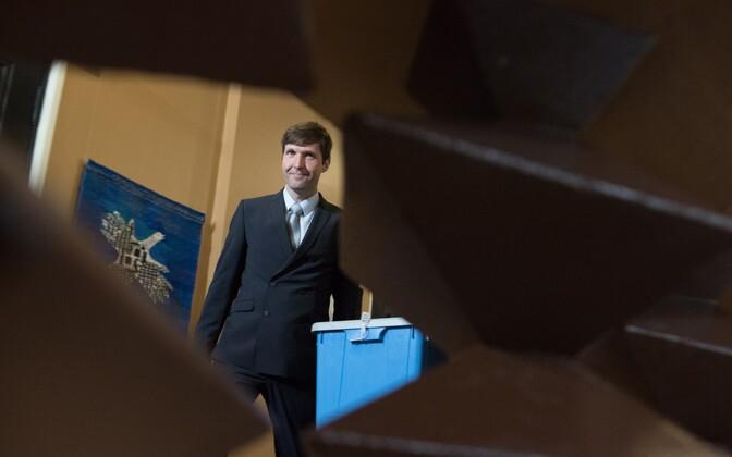 Martin Helme riigikogus presidendivalimiste ajal.