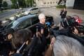 Marina Kaljurand eelmisel nädalal väliministeeriumi ees ajakirjanike küsimustele vastamas.