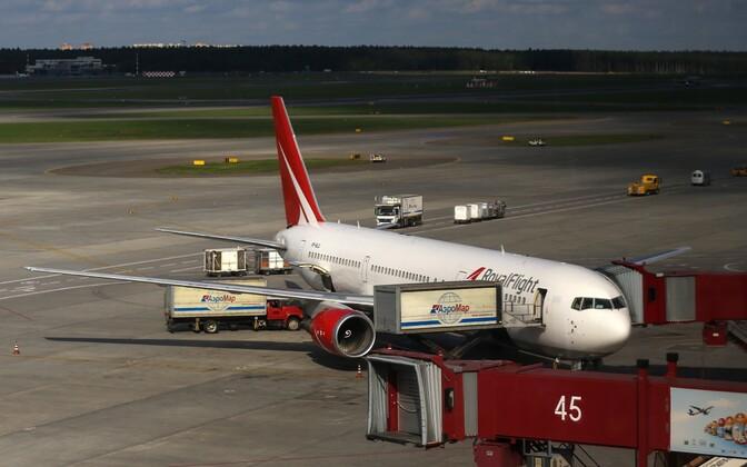 Royal Flight reisilennuk enne õhkutõusmist Šeremetjevo lennujaamas.