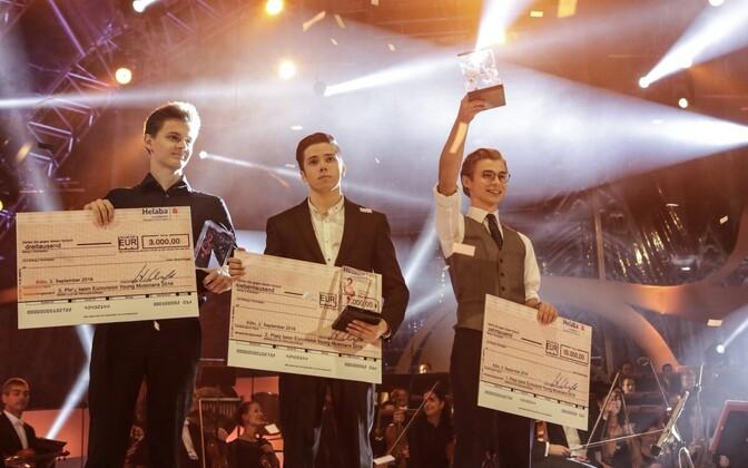 Dominik Wagner (Austria), Robert Bílý (Tšehhi) ja võitja Łukasz Dyczko (Poola)