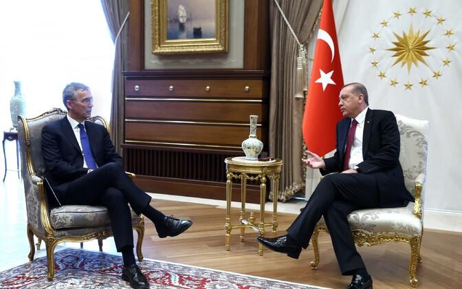 NATO peasekretär Jens Stoltenberg ja Türgi president Recep Tayyip Erdogan aprillis Ankaras.
