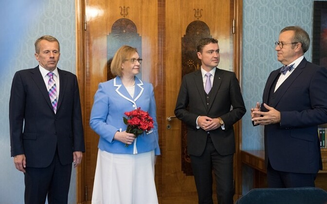 Left to right: Minister of Foreign Affairs Jürgen Ligi, Minister of Education and Research Maris Lauri, Prime Minister Taavi Rõivas, and President Toomas Hendrik Ilves.