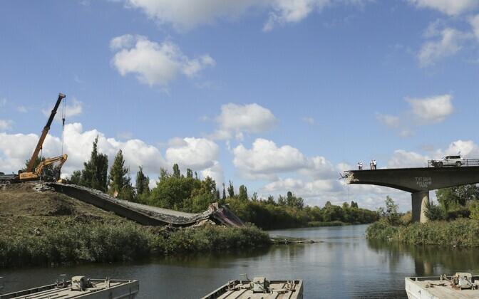 2014. aastal Slovjanskis pommitamise tagajärjel purunenud sild.
