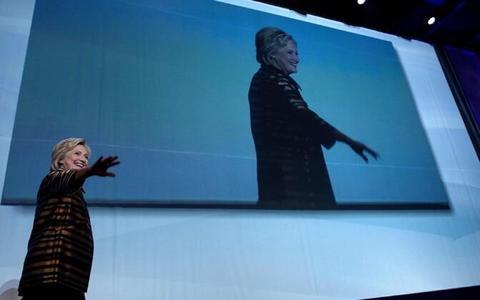Clinton kampaaniaüritusel