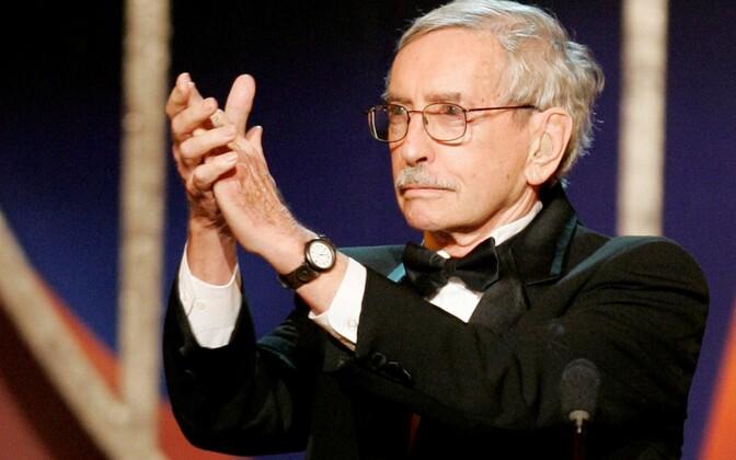 Näitekirjanik ja kolmekordne Pulitzeri auhinna võitja Edward Albee, 12. märts 1928 – 16. september 2016