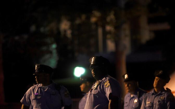 Politseinikud Philadelphias korda tagamas.