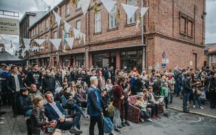 Viljandi Lossi tänav eelmise aasta Music Walki ajal Tommy Cashi kontserdil.