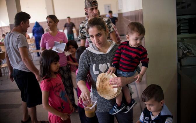 Migrandid Sofia varjupaigataotlejate keskuses.