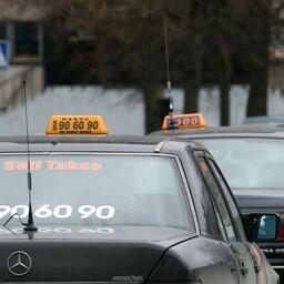 Нарвские таксисты.