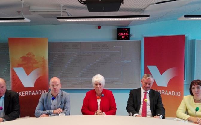 Presidential debate on ERR's Vikerraadio. L-R: Mart Helme, Allar Jõks, Marina Kaljurand, Siim Kallas, Mailis Reps. Sept. 22, 2016.