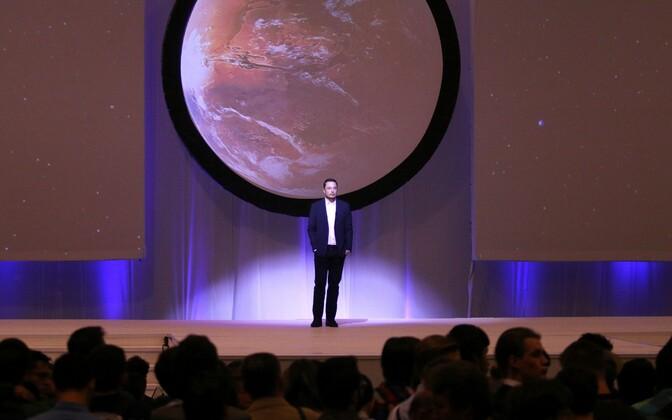 Elon Musk Rahvusvahelisel Astronautika Kongressil 27. septembril.