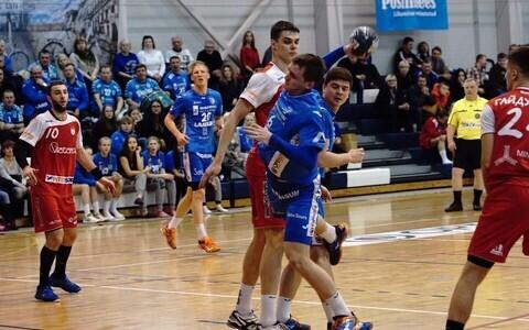 HC Kehra/Horizon Pulp&Paper alistas Balti liiga avavoorus 31:27 Minski SKA (viskel Siimo Tänvots)