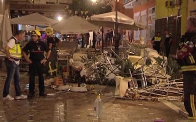Restorani esine pärast plahvatust.