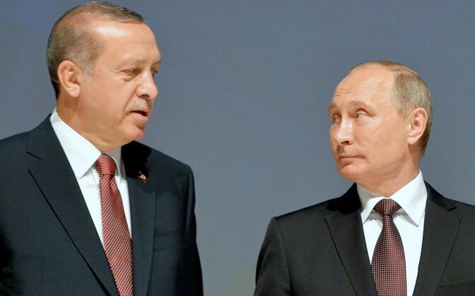 Türgi president Recep Tayyip Erdogan ja Venemaa president Vladimir Putin energiakongressil.