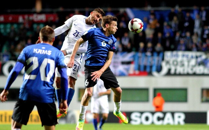 На своем поле Эстония уступила Греции 0:2.