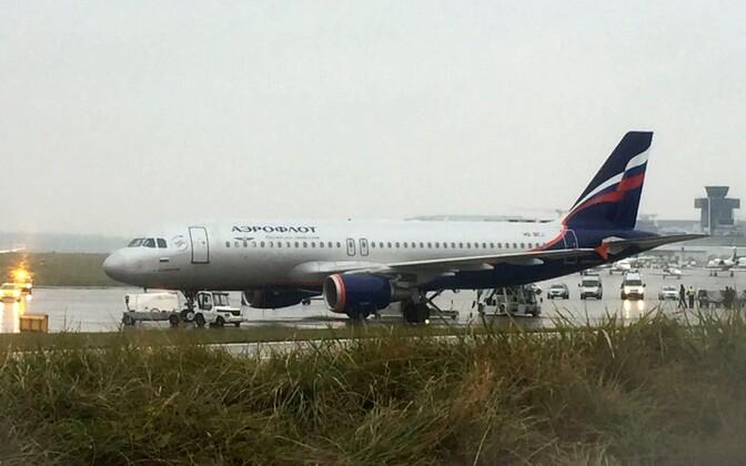 Aerofloti lennukile tehti Genfis pommiähvardus.