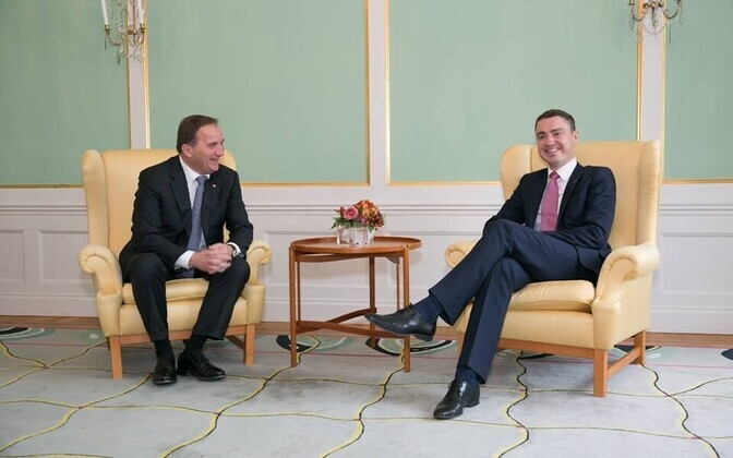 Swedish Prime Minister Stefan Löfven (left) and Estonian Prime Minister Taavi Rõivas (right) met on the latter's visit to Stockholm. Oct. 12, 2016.