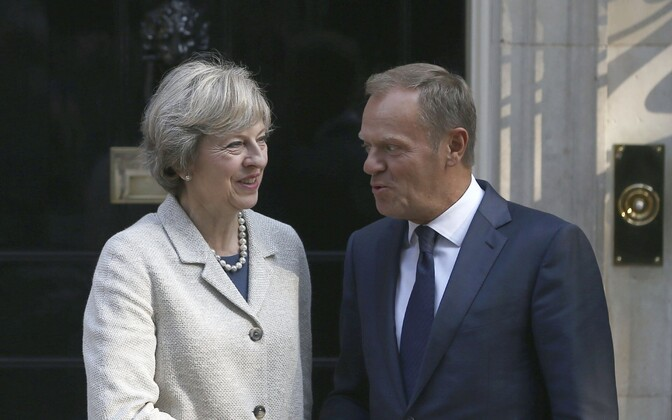 Theresa May ja Donald Tusk 8. septembril Londonis.