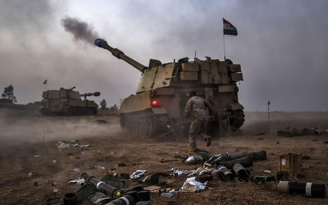 Iraagi sõdurid ISIS-e vastases võitluses Mosuli lähistel.