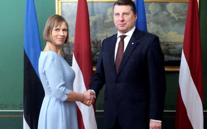 Presidents Kaljulaid and Vējonis.