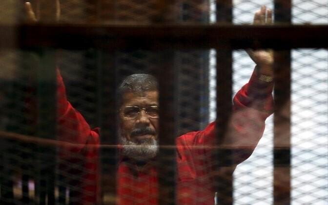 Прошлый президент Египта Мухаммед Мурси приговорен ктрем годам тюрьмы