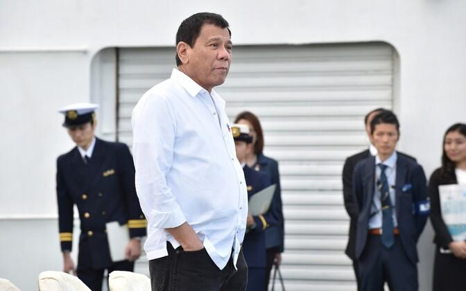 Filipiinide president Rodrigo Duterte Jaapanis.