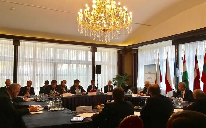 At the meeting in Bukarest, Nov. 9, 2016.