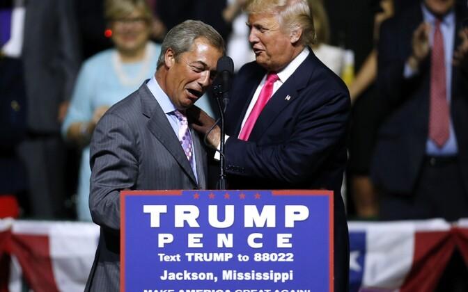 Nigel Farage ja Donald Trump augustis Mississippis vabariiklaste kampaaniaüritusel.