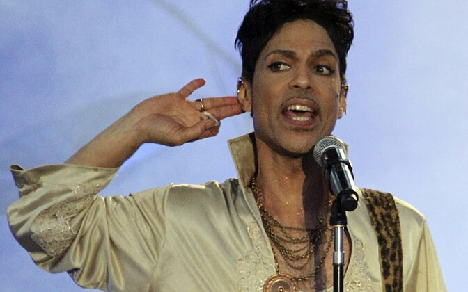 21. aprillil suri popmuusik Prince.