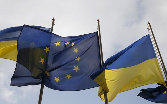 Ukraina ja Euroopa Liidu lipud Kiievis.