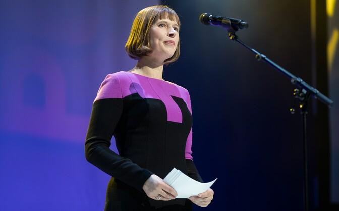 Kersti Kaljulaid PÖFF-i lõputseremoonial.