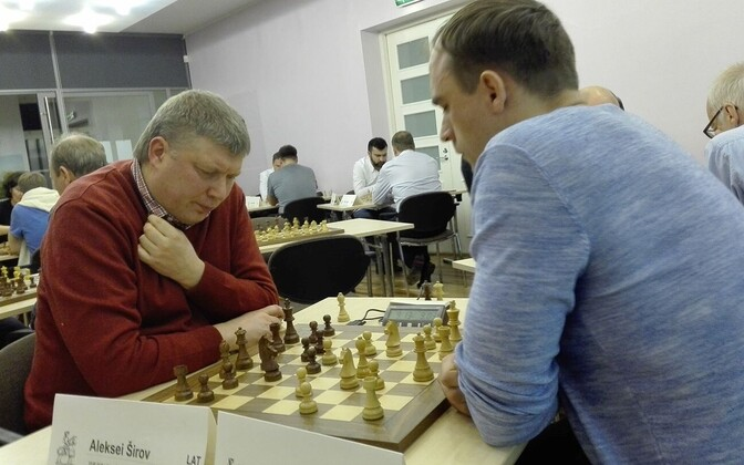 Mullust võitu kaitsnud Aleksei Širov (vasakul)