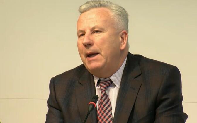 Arvo Sarapuu kolmapäeval Tallinna linnavalitsuse pressikonverentsil.