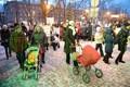 Пикет противников закрытия детского отделения в Нарвской больнице.