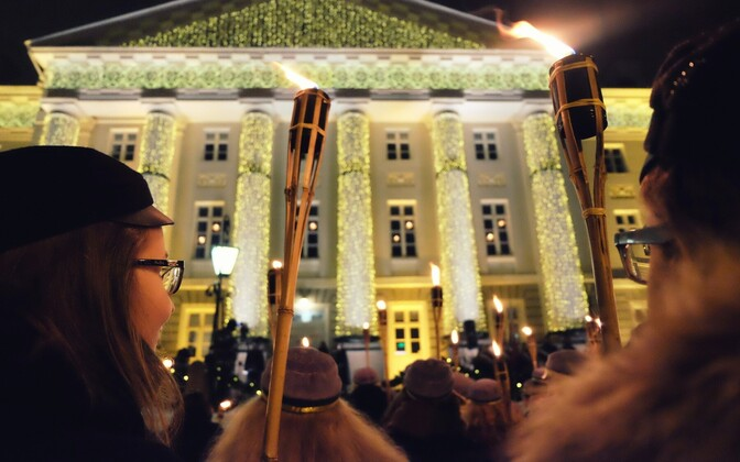 Hundreds of members of Tartu's sororities, fraternities and other student organizations participate in the annual torchlight procession on Dec. 1.