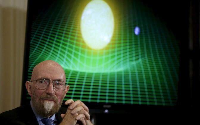 Teiste seas sai auhinna panuse eest gravitatsioonilainete avastamisse Kip Thorne.