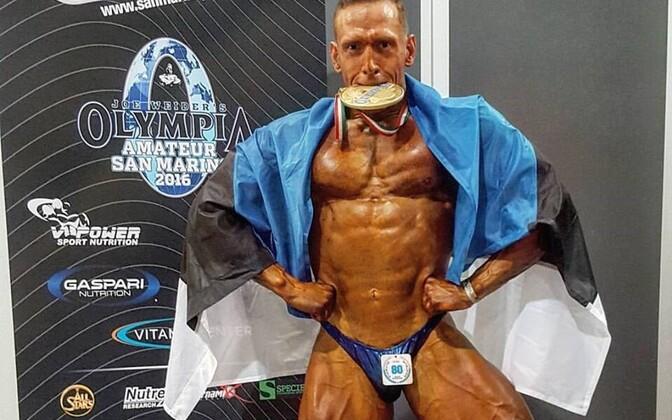 Ott Kiivikas Mr. Olympia kuldmedaliga.