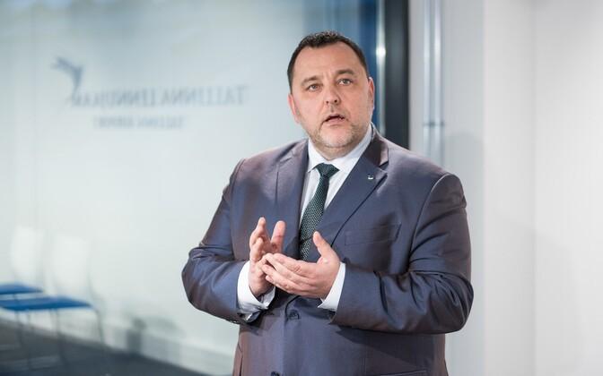Minister of Finance Sven Sester.