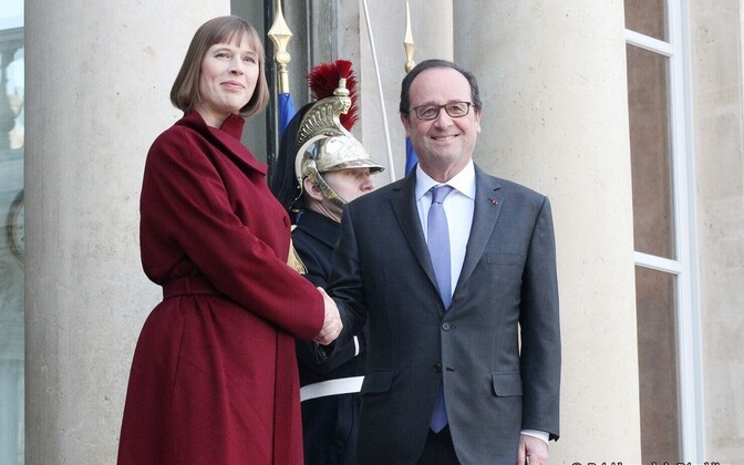 Presidents Kersti Kaljulaid and François Hollande in Paris, Dec. 7, 2016.