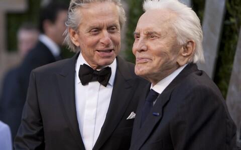 Michael ja Kirk Douglas 2012. aastal.