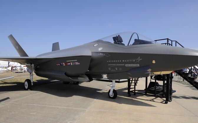 Hävituslennuk F-35.
