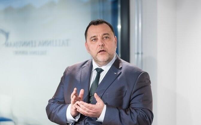 Minister of Finance Sven Sester (IRL).
