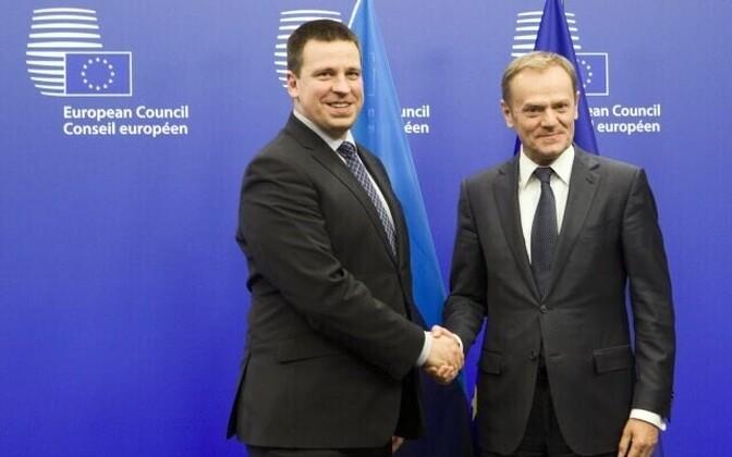 Jüri Ratas with European Council president Donald Tusk.