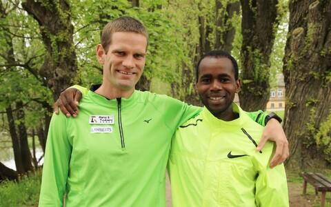 Tiidrek Nurme ja tema keenialasest treeningpartner Ibrahim Mukunga Wachira